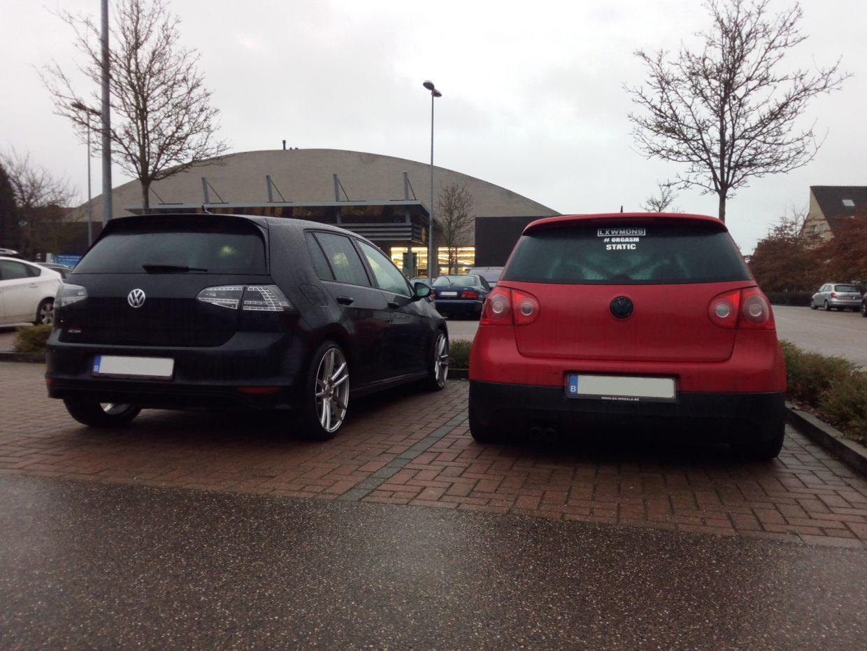2 Volkswagen Golf