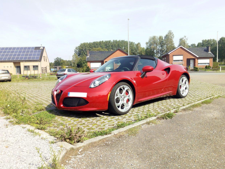 Alfa Romeo 4C Spider 6