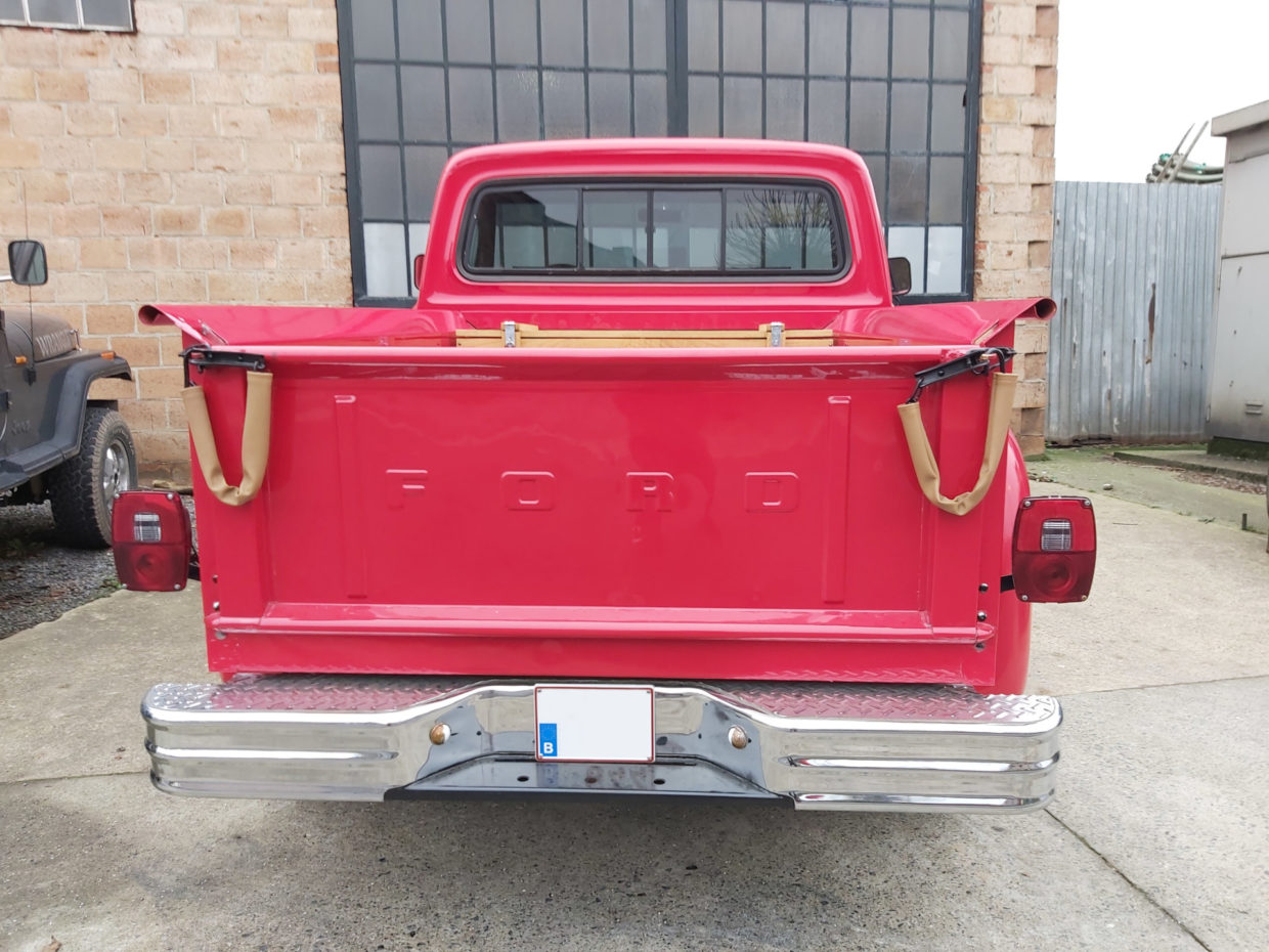 Ford pickup truck 1