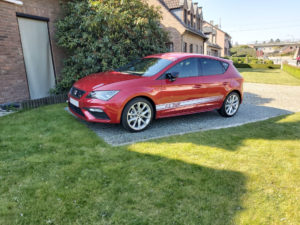 SEAT Leon FR red - 1