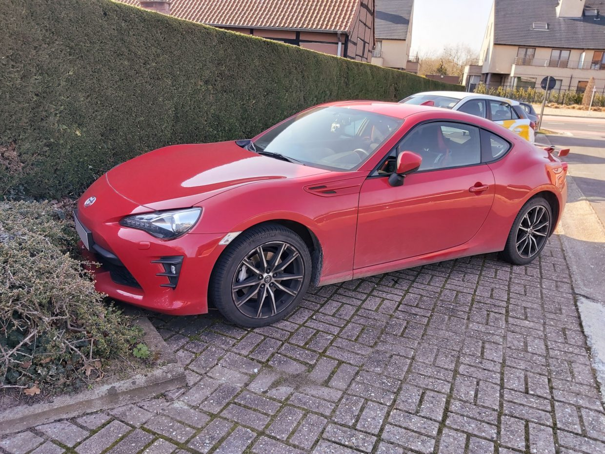 Toyota GT86 red - 3