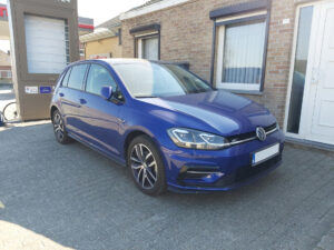 Volkswagen Golf R-Line - 1